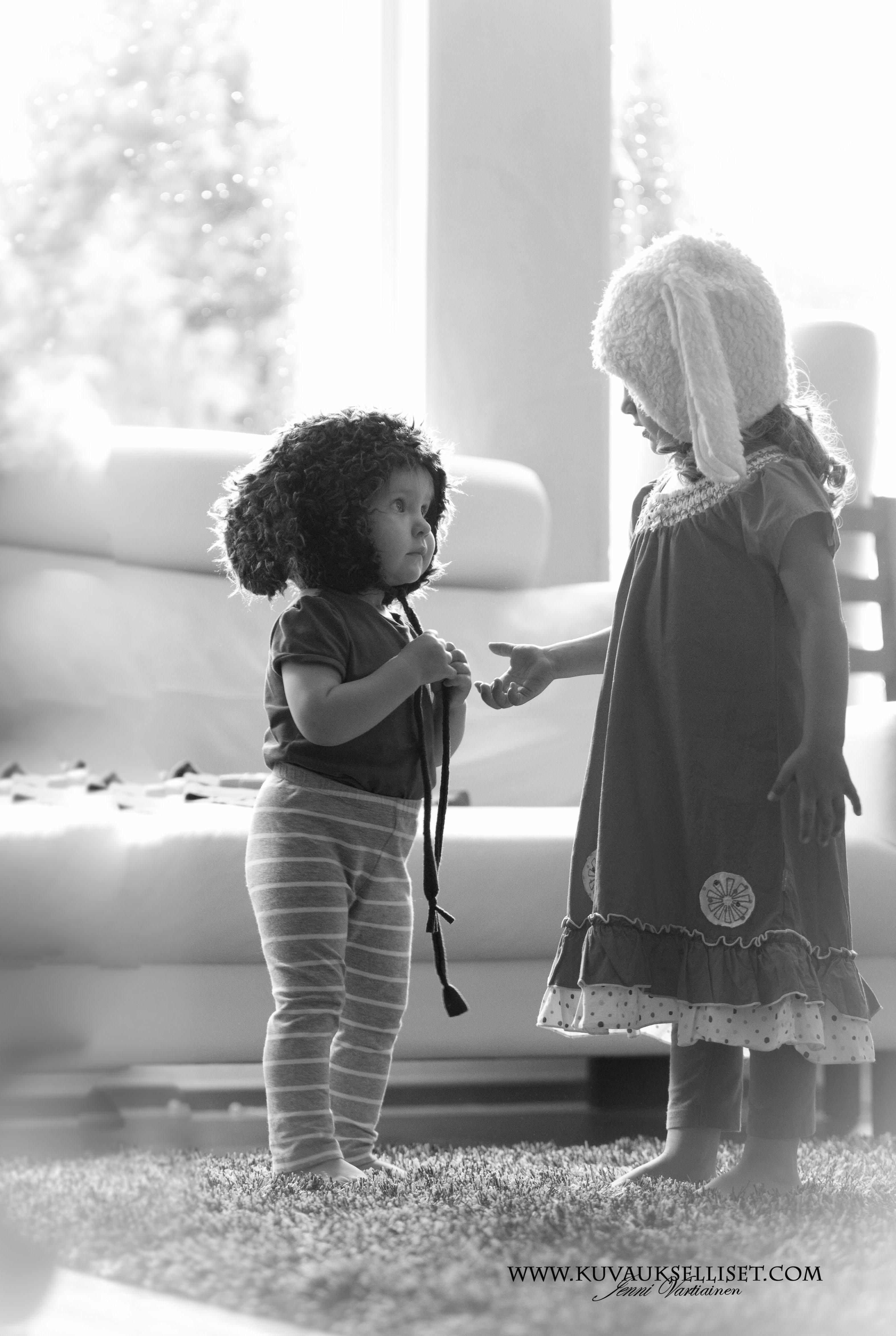2014.7.30  Miljöökuvaus lapsikuvaus sisaruskuvaus Miljöökuvaus
