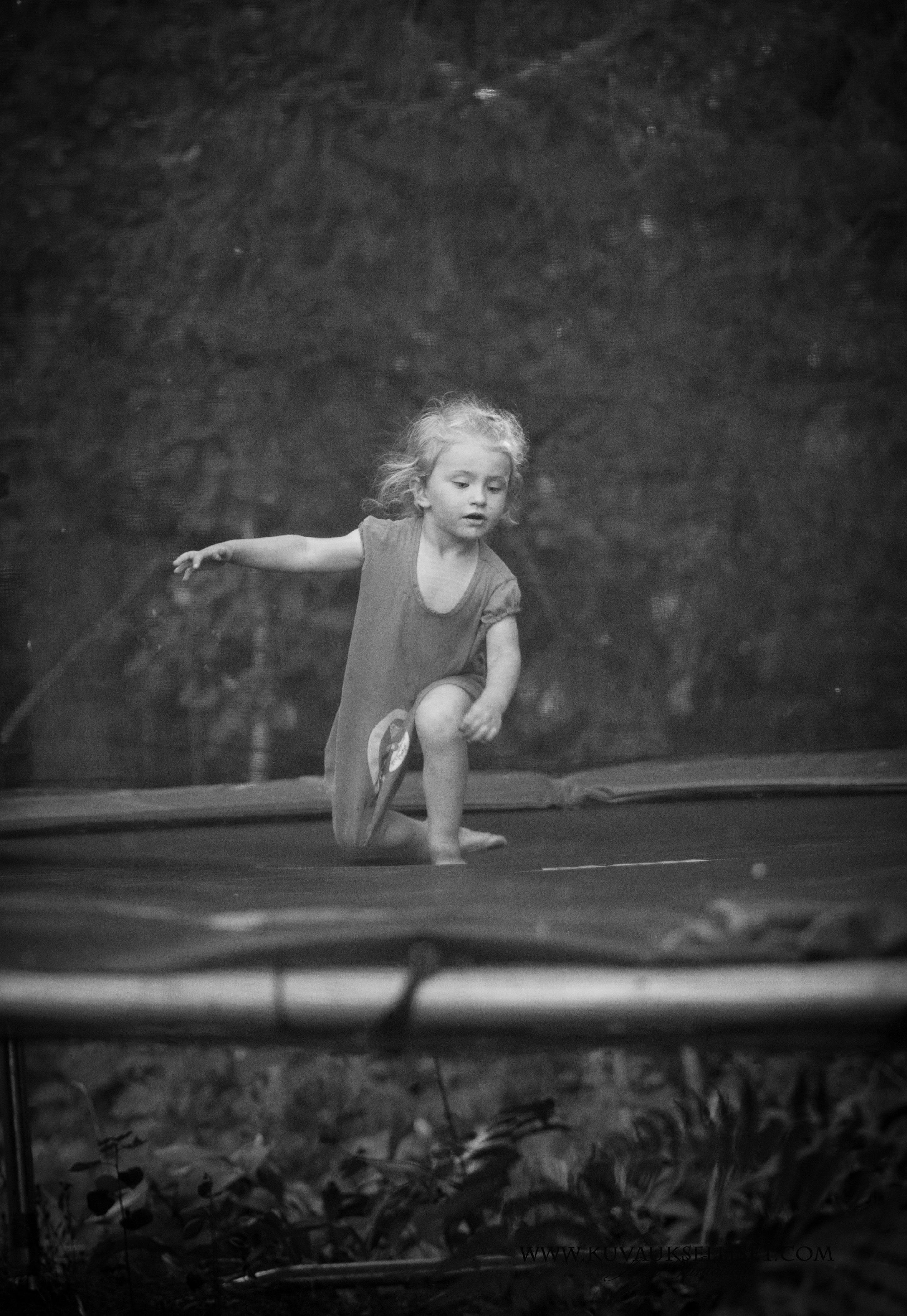 2014.7.30 lapsikuvaus miljöökuvaus sisaruskuvaus perhekuvaus child photo3 (1 of 1)
