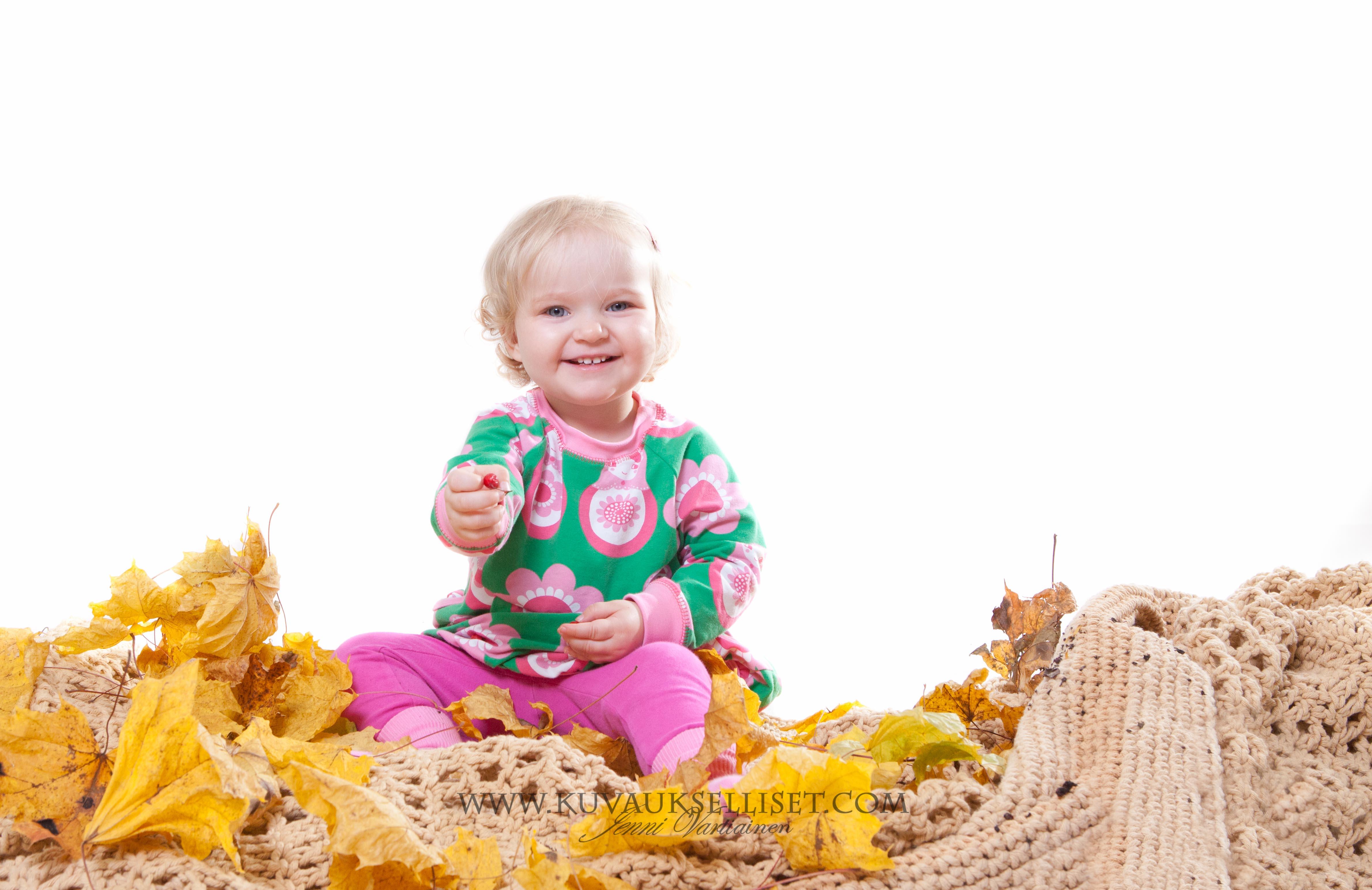 2014.10.19 Perhekuvaus lapsikuvaus studiokuvaus sisaruskuvaus 1-vuotiskuvaus muotokuva-5