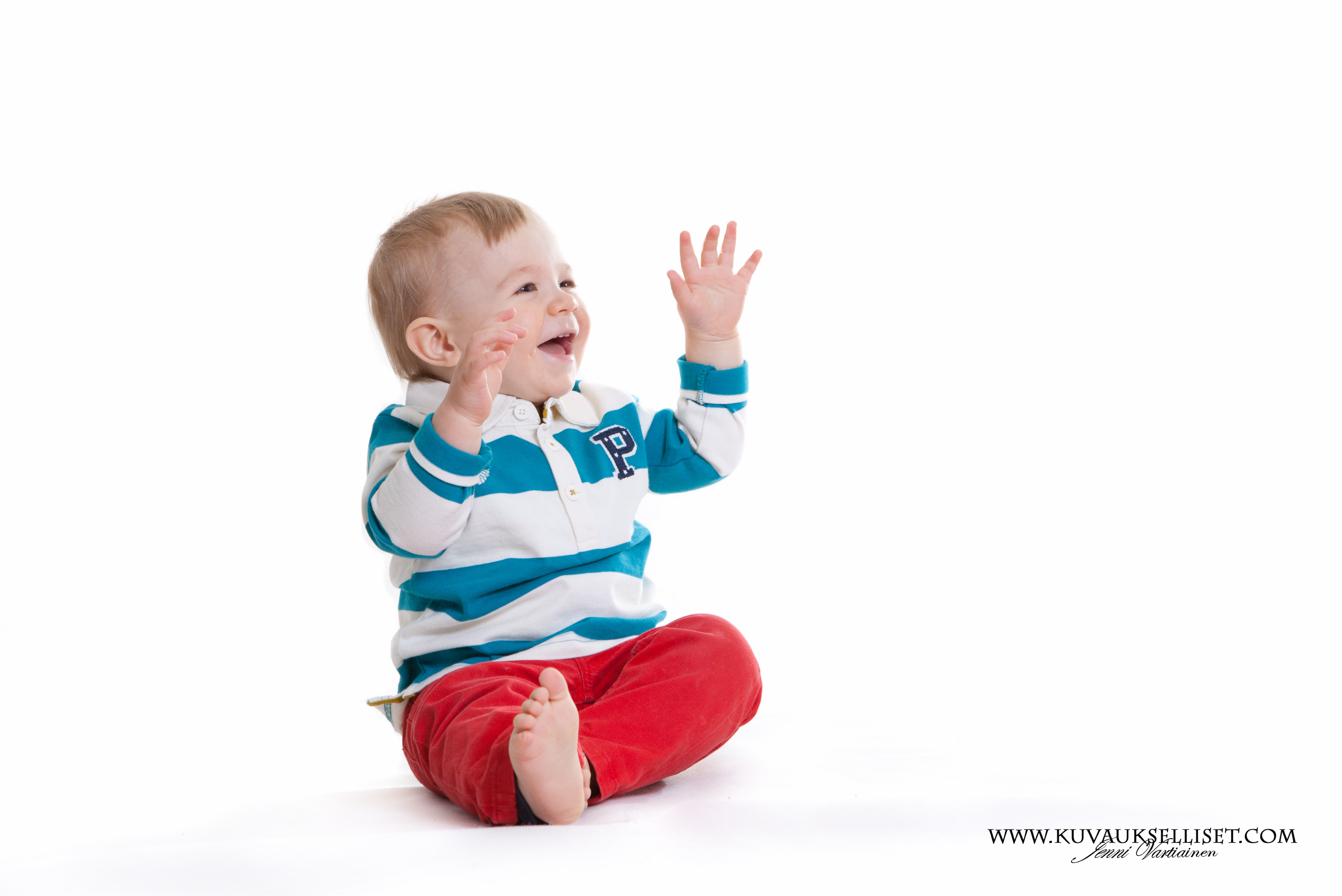 2014.10.6 1-vuotiskuvaus perhekuvaus lapsikuvaus miljöökuvaus perhekuvaus sisaruskuvaus family pictures päiväkotikuvaus-5