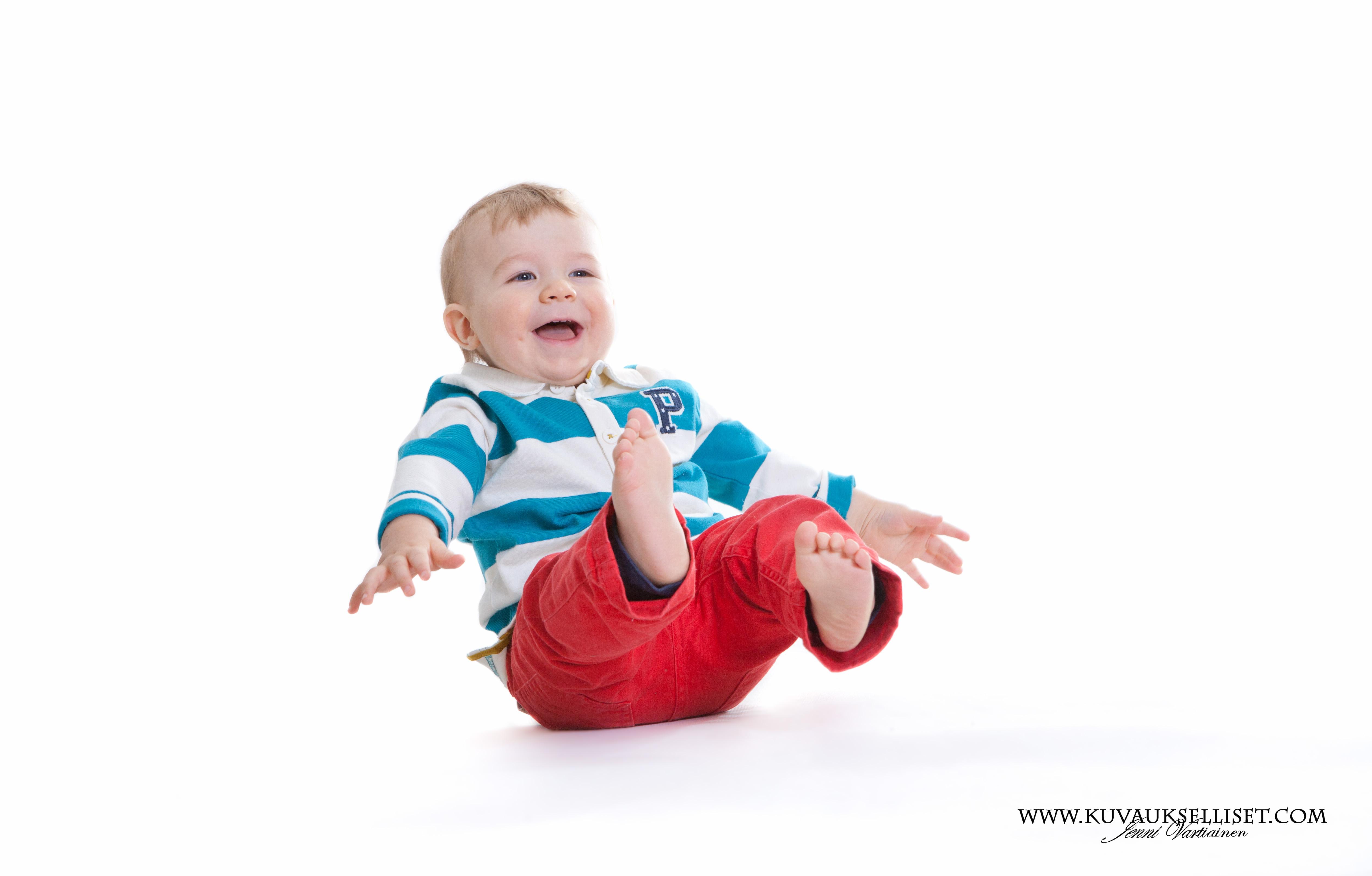 2014.10.6 1-vuotiskuvaus perhekuvaus lapsikuvaus miljöökuvaus perhekuvaus sisaruskuvaus family pictures päiväkotikuvaus-6
