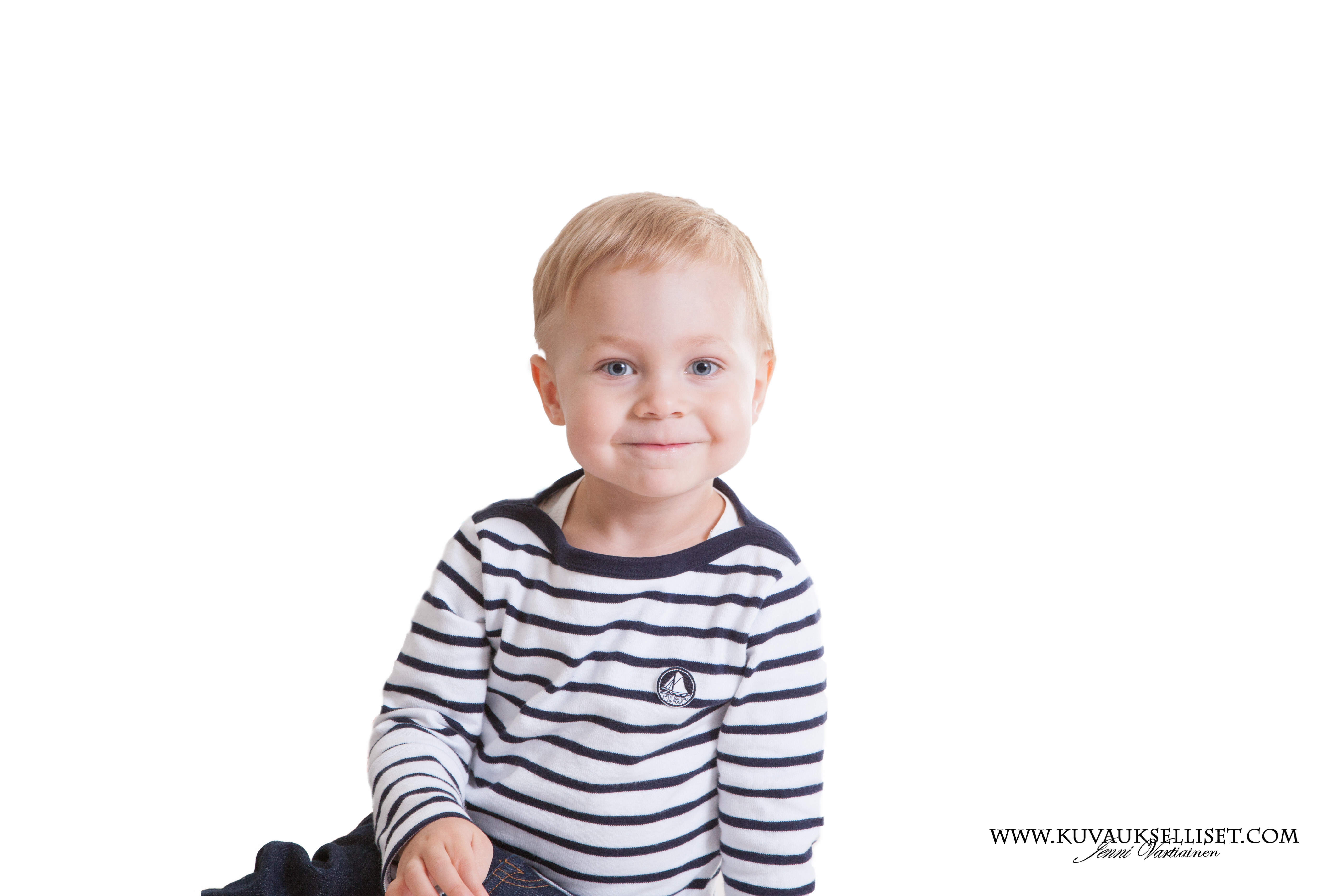 2014.10.6 1-vuotiskuvaus perhekuvaus lapsikuvaus miljöökuvaus perhekuvaus sisaruskuvaus family pictures päiväkotikuvaus-9